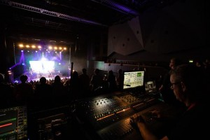 The Overtones on tour with Electro-Voice X-Line Advance and Dynacord TGX