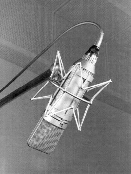 Neumann U 67 in TECnology Hall of Fame aufgenommen